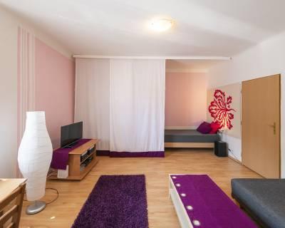 Príjemný 1i byt, 52 m2, zariadený, parkovanie, balkón