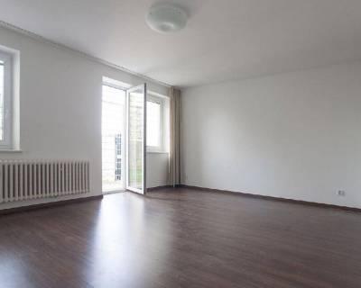 Príjemný 1,5i byt, 53 m2, nezariadený, s predzáhradkou