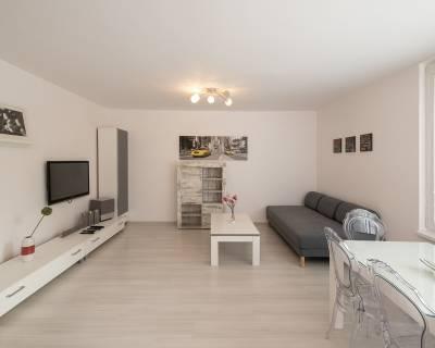 Príjemný 2i byt, 70m2, zariadený, po kompletnej rekonštrukcii