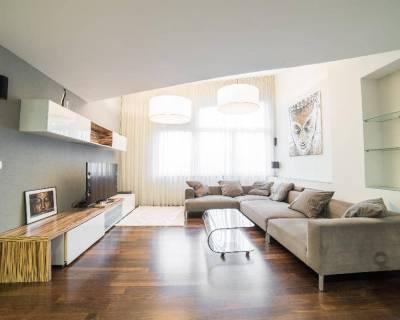 Priestranný 6i byt, 240 m2, zariadený, parkovanie, terasa