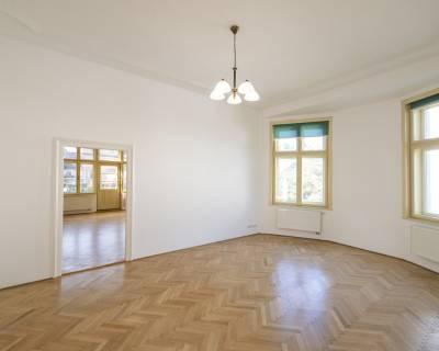 Nádherný staromestský 8i priestor, 260 m2, parkovanie, terasa