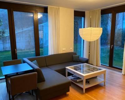 Príjemný 2i byt, 45 m2, záhrada s terasou, parkovanie, Parkville