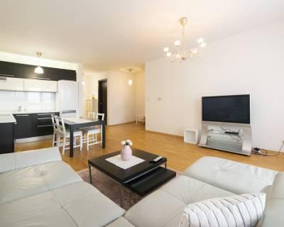 Moderný 2i byt, 62 m2, zariadený, výhľad na jazero, Eden Park