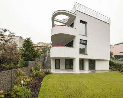 Nadštandardný 7i RD, 322,25 m2, nezariadený, parkovanie, záhrada