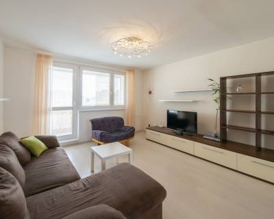 Veľmi pekný, slnečný 3i byt, 74m2, zariadený, lodžia