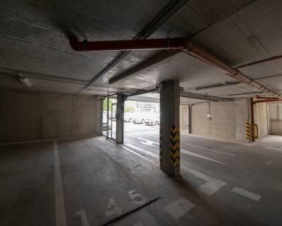 Parkovacie státie, 15 m2, prízemie, Jégého Alej