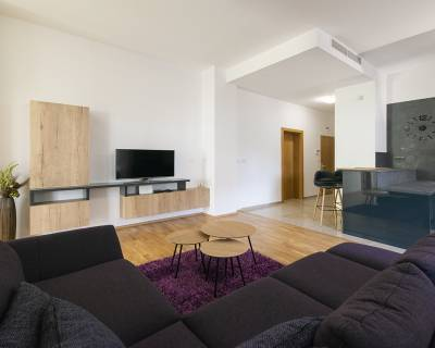 Exkluzívny, petfriendly 3-izb. byt, terasa,balkón,parking-Hradný vrch