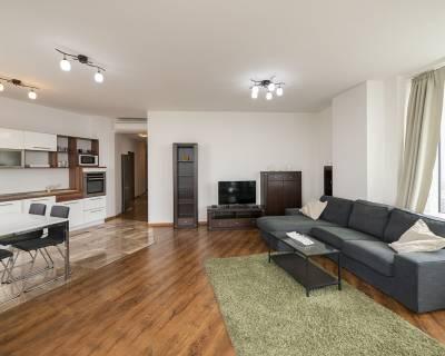 Moderný 3i byt, 85 m2, zariadený, parkovanie, s lodžiou, Panorama City