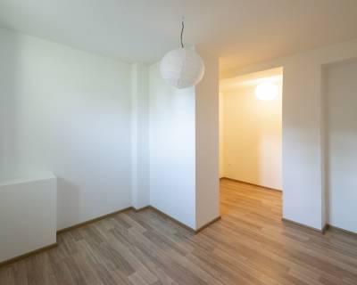 Kancelárske priestory, 120 m2, vila pri hrade, krásne rekonštruované