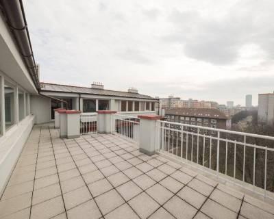 Krásny podkrovný ateliér 444m2, terasy 41m2, s možnosťou úpravy na byt