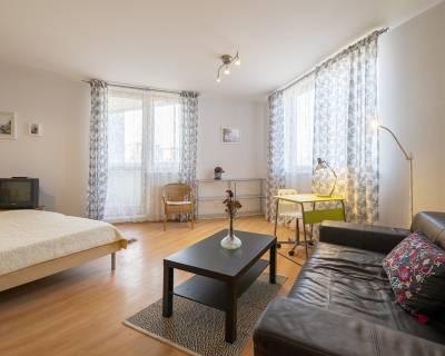 Príjemný, priestranný 1i byt, 45m2, lodžia, výborná lokalita, Glória