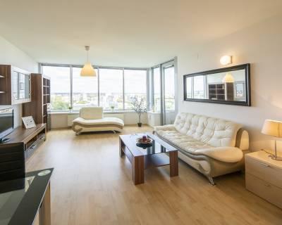Moderný 2i byt, 65m2, zariadený, s lodžiou, parkovaním