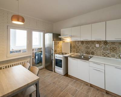 PREDANÉ Praktický 3i byt, 65 m2, 1 x lodžia, Beňadická ul