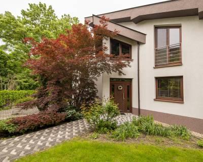 Rodinný dom 6 izb. pri lese, 280m2, 2-garáž, 6a pozemok, Horský park