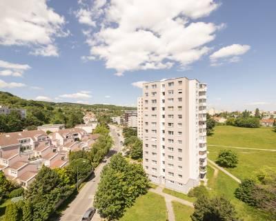 Svetlý 3i byt, 66 m2, balkón, výhľad, tiché prostredie, Koprivnická