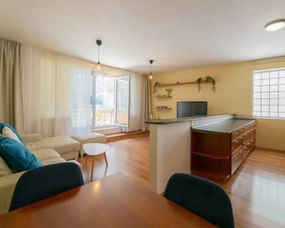 REZERVOVANÉ 3-izb byt pod hradom, Zámocká, 95m2, 2/5p., balkón,garaz