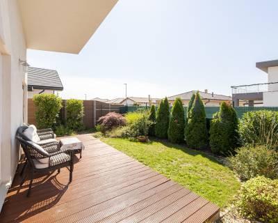 PREDANÉ: Ekologický 3i rodinný dom, záhrada, altánok, parkovanie, Sene