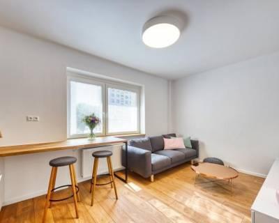 Krásny, dizajnový 2i byt, 39m2, zariadený, v dobrej lokalite