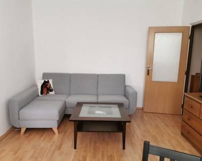 Príjemný 2i byt, 47m2, zariadený, v peknom prostredí
