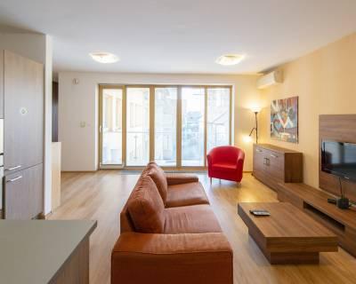 Investičný 2i byt, 49 m2, zariadený, s balkónom, Obchodná ulica