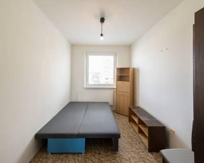 REZERVOVANÉ Pekný 3i byt, 60 m2, čiastočne zariadený, lodžia