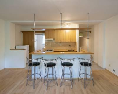 Slnečný 3i byt, 58m2, čiastočne zariadený, pekné prostredie