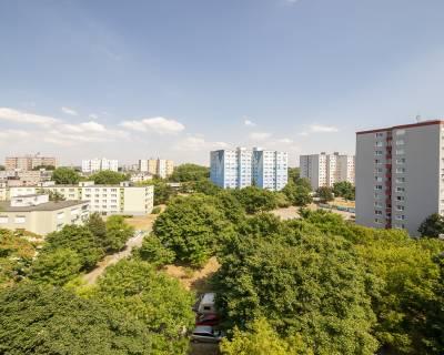4izb byt s najlepšou dispozíciou v centre Petržalky, 87m2, 8/8, loggia
